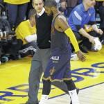 Cavs' Irving fractures kneecap