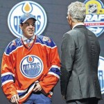 No surprise: Connor McDavid goes No. 1 in NHL draft