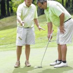 Robbie Michaels and Mike Lazevnick birdie their way into Potentate Tournament's top seed