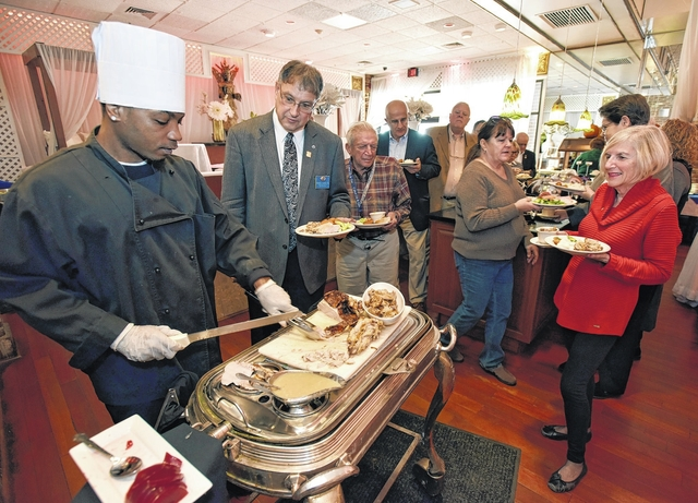 Service organizations share a 'Thanks Living' meal