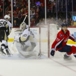 Oshie has hat trick, Capitals beat Pens 4-3 in overtime