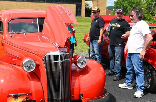 Car Show Aimed At Helping Exeter Residents Celebrate Memorial Day