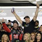Kurt Busch steals monster victory by winning Daytona 500