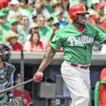 Ex-Philadelphia slugger Ryan Howard gets minor league deal with Braves